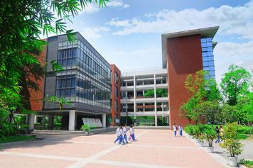 成都七中国际部中美双文凭国际高中招生简章