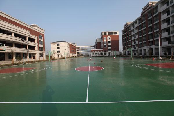 3篮球场.jpg