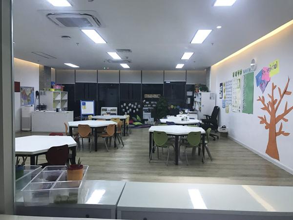 jiaoshi7.jpg