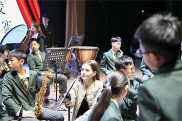 北京外国语大学附属杭州橄榄树学�!境踔胁俊空猩�简章