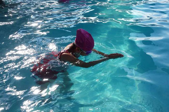 游泳池.jpg